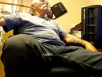 [23-04-19] mike694fun private from Chaturbate
