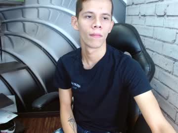 [16-09-21] andy_coopers blowjob video from Chaturbate