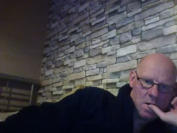 [16-10-19] kevlooking4sez public webcam from Chaturbate