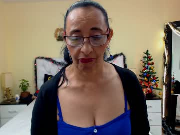 [10-12-19] mannuuela record webcam video from Chaturbate.com