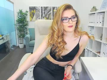 [04-05-21] ellyelectra record public webcam from Chaturbate