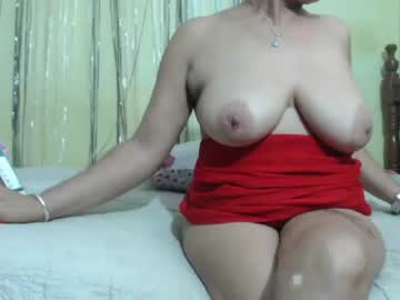 [18-11-19] horny_mommy17 record webcam show from Chaturbate.com